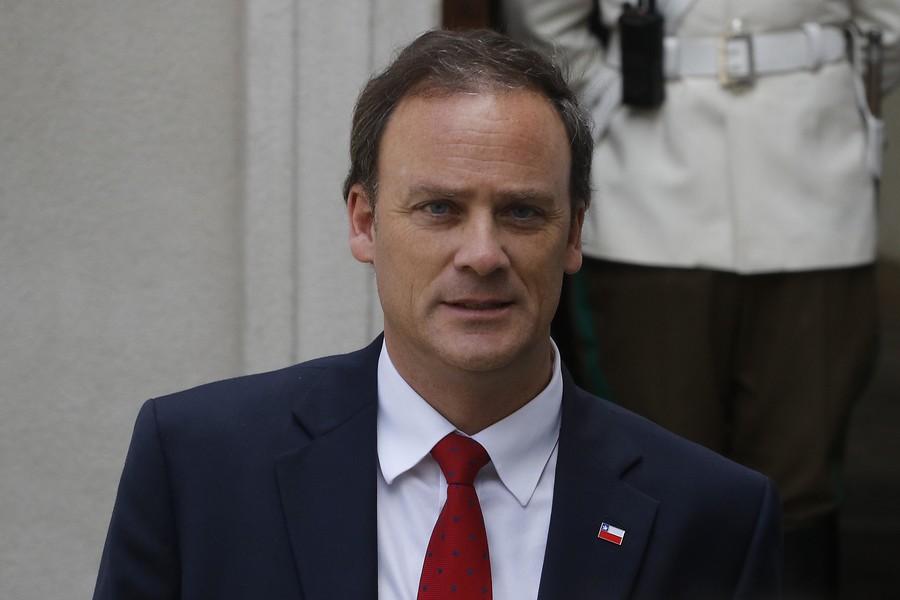 Parlamentarios criticaron las polémicas declaraciones del ministro Ward