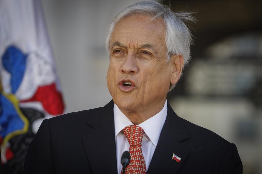 """""""Piñera y Constitución:"""