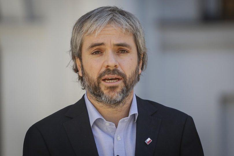 Ministro Gonzalo Blumel solicita informe a Carabineros por filtración de datos
