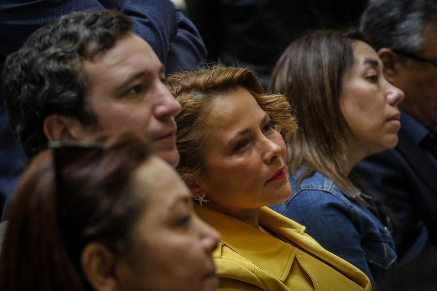 """""""Cathy Barriga exige a Carabineros nuevo protocolo para controlar saqueos"""""""