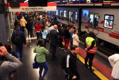 Ministerio de Transportes adelanta hora punta de la tarde ante mayor afluencia de público