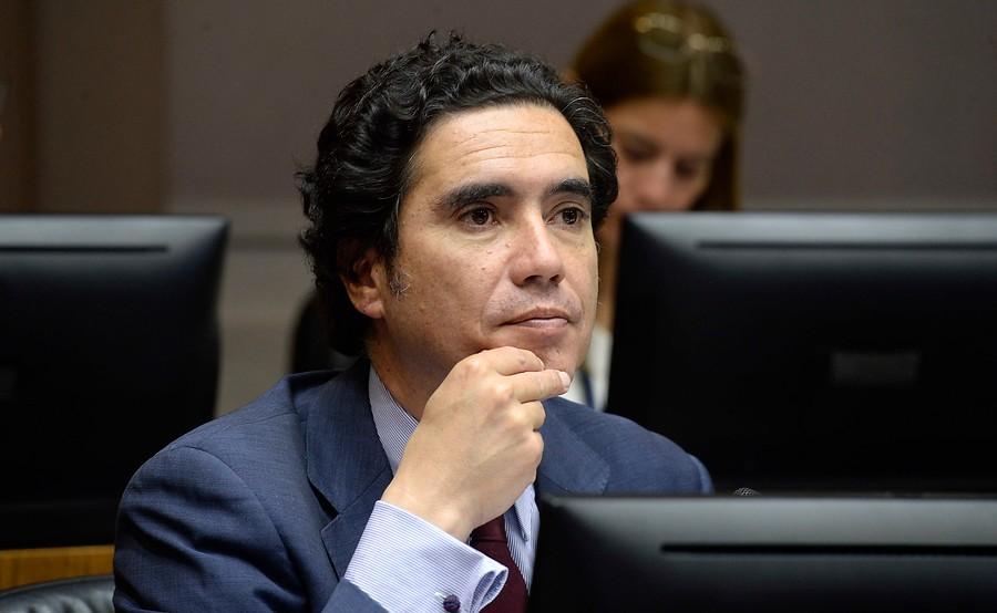 Ministro Briones rebajó proyecciones de crecimiento para 2019 y 2020