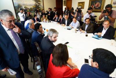 La disputa entre partidos de oposición por la convención constituyente