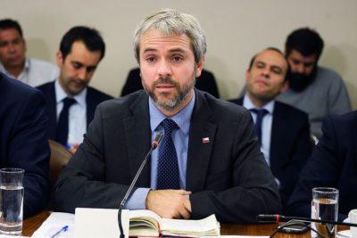 """Blumel pide reforzar """"todas las actuaciones policiales"""" tras manifestaciones"""