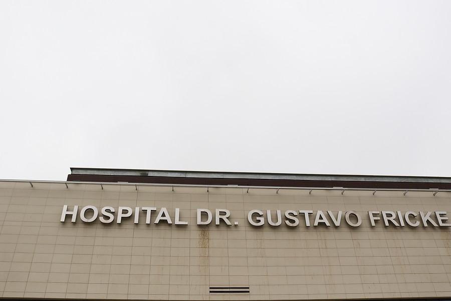 """""""Hospital Gustavo Fricke implementa medidas para dar protección a funcionarios y usuarios"""""""