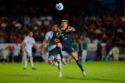 Nicolás Castillo sufre lesión y será baja para el amistoso de la Roja ante Perú