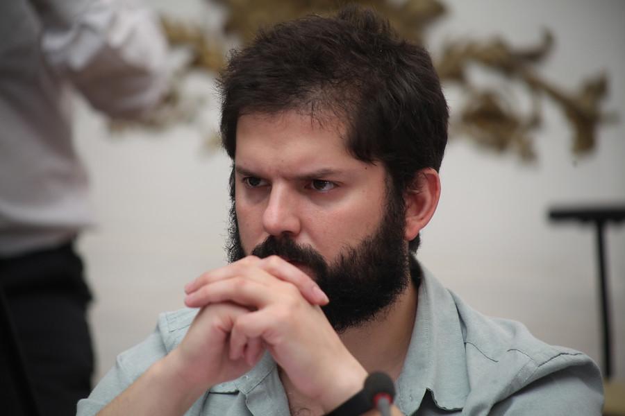 La crisis en Convergencia Social que generó la firma de Gabriel Boric en acuerdo por Constitución