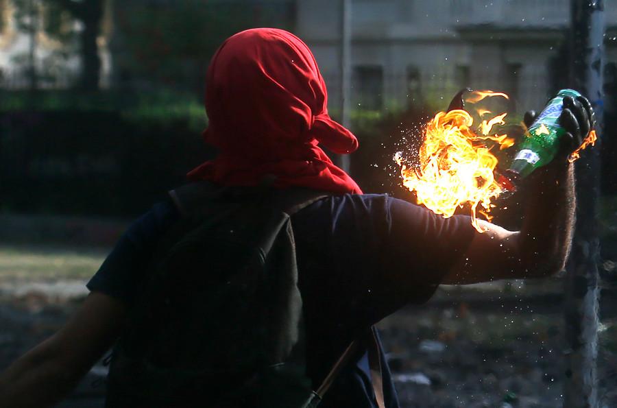 Prisión preventiva para detenidos por fabricación y porte de bombas molotov