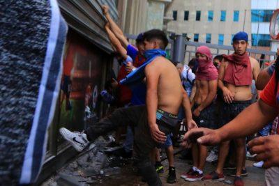 Saqueos e incendios a lo largo del país en paro nacional de Unidad Social