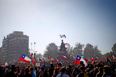 """Sofofa: """"No a la violencia, llamamos al diálogo y a la paz"""""""