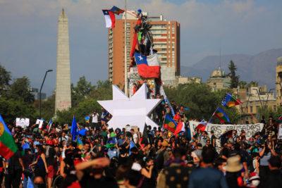 Gobierno argentino confirma detención de 12 trasandinos en protestas