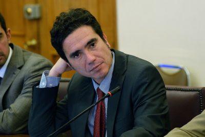"""Ministro Briones y crisis social: """"El daño a la economía es bastante serio"""""""