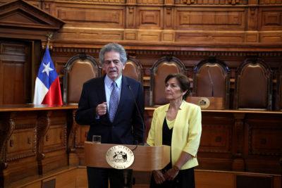 Corte Suprema, TC y Tricel destacaron acuerdo por nueva Constitución