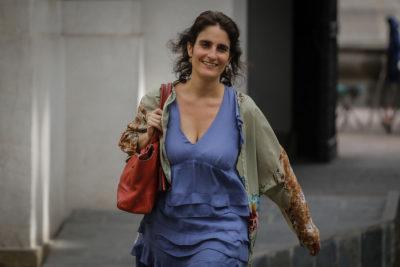 """Ministra del Trabajo aclara """"mitos"""" sobre las pensiones en Chile"""