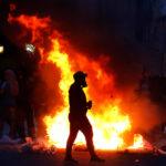 Saqueo a armería marca desmanes y violencia en Valparaíso y Viña del Mar