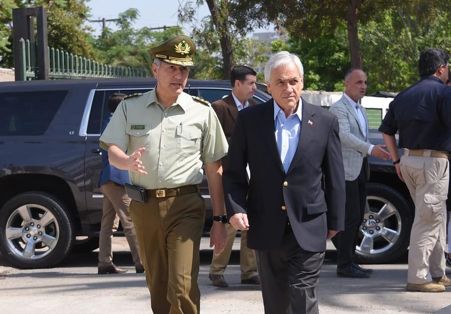 """""""Piñera anuncia proyecto de ley para que FFAA protejan"""