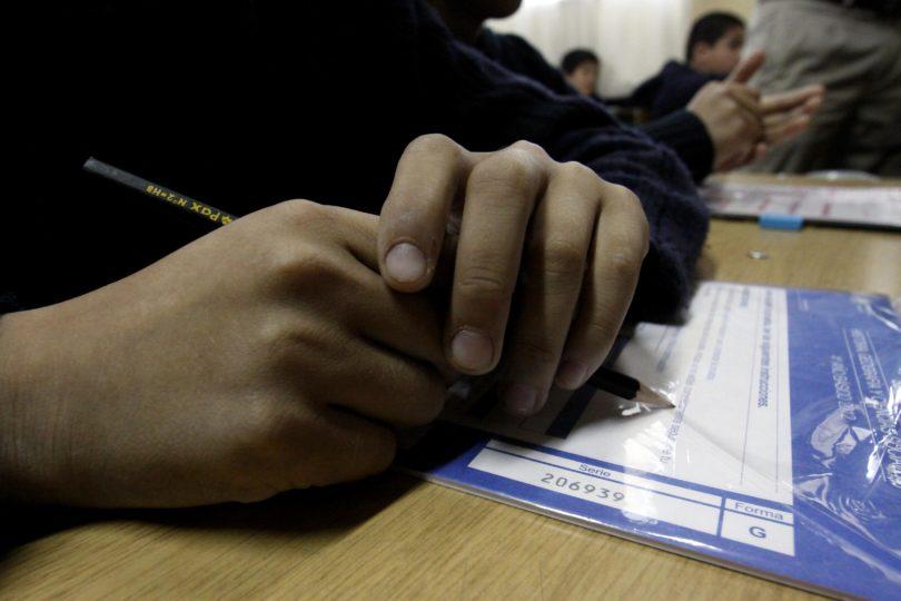 Seis alcaldes deciden no aplicar prueba Simce en colegios