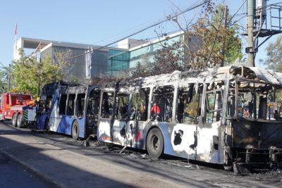 Un total de 2.371 buses han sido vandalizados en las últimas dos semanas en la Región Metropolitana