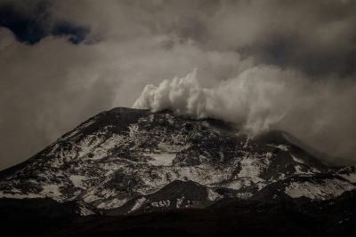 Nevados de Chillán presentó este sábado nueva actividad volcánica