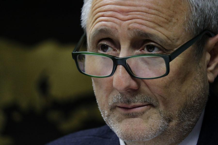 Rector de la U. de Valparaíso presenta recurso en favor de académicos y estudiantes
