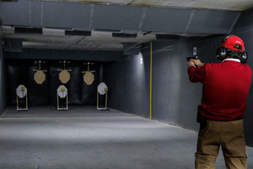 """Armerías y estallido social: """"Estamos vendiendo más armas"""""""