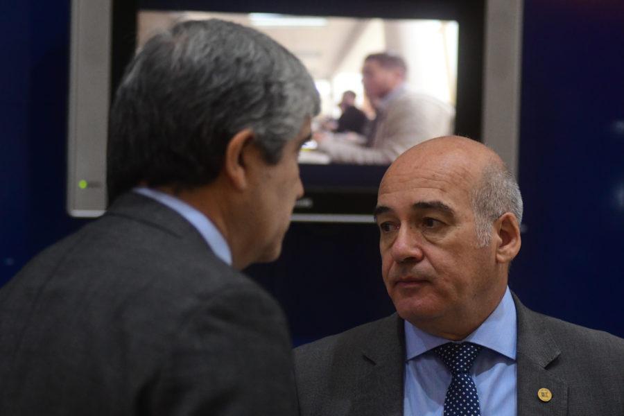 Rector de la USM disminuirá su salario en un 30%