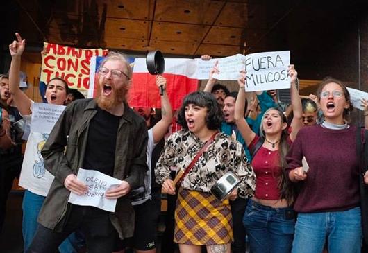 """""""La desigualdad le dio forma a mi vida"""": Mon Laferte revela las razones para sumarse al movimiento social"""