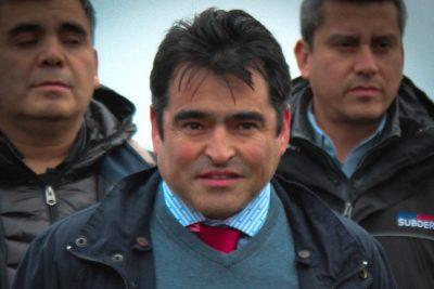 Fiscalía pide 12 años de prisión para alcalde de Melinka por millonario fraude al Fisco