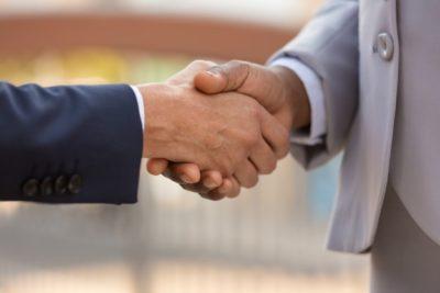 Debilidad institucional: las claves para recuperar la confianza en las empresas