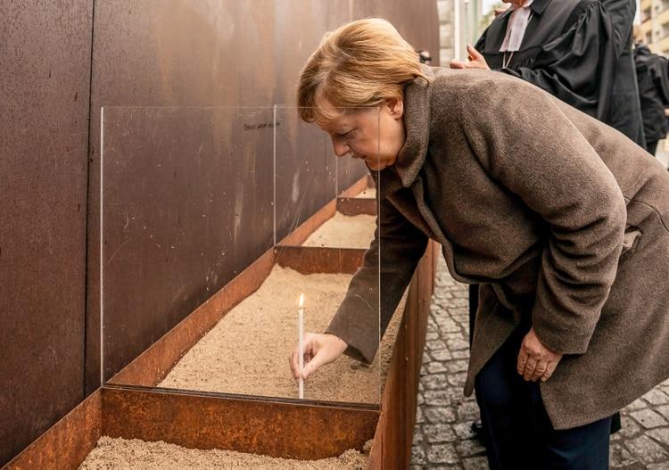 Angela Merkel conmemoró el aniversario de la caída de Muro de Berlín