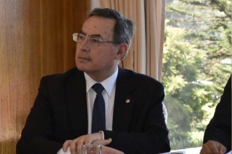 Piñera designa a ex vicealmirante Gustavo Jordán como nuevo director de la ANI