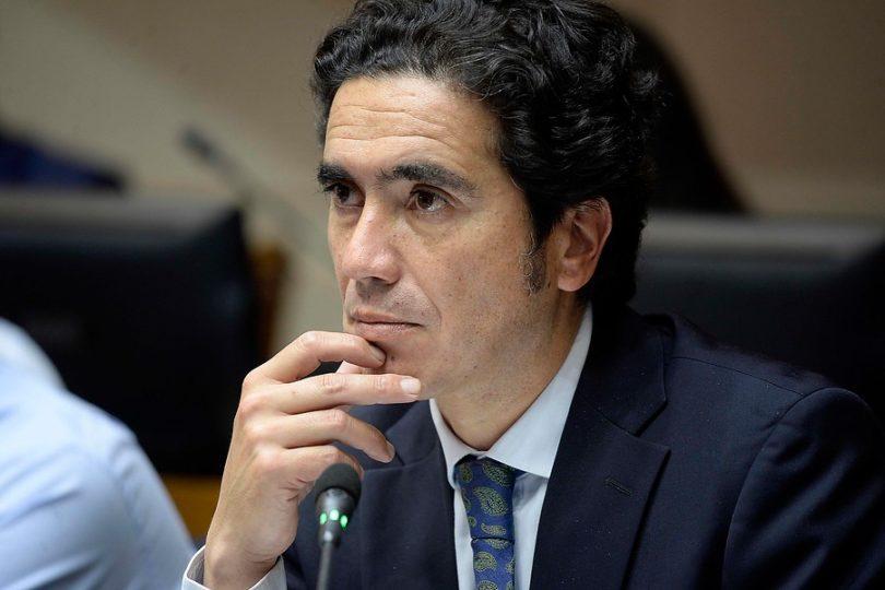 """Ministro Briones: """"El sector más rico tiene el convencimiento de que es de clase media"""""""