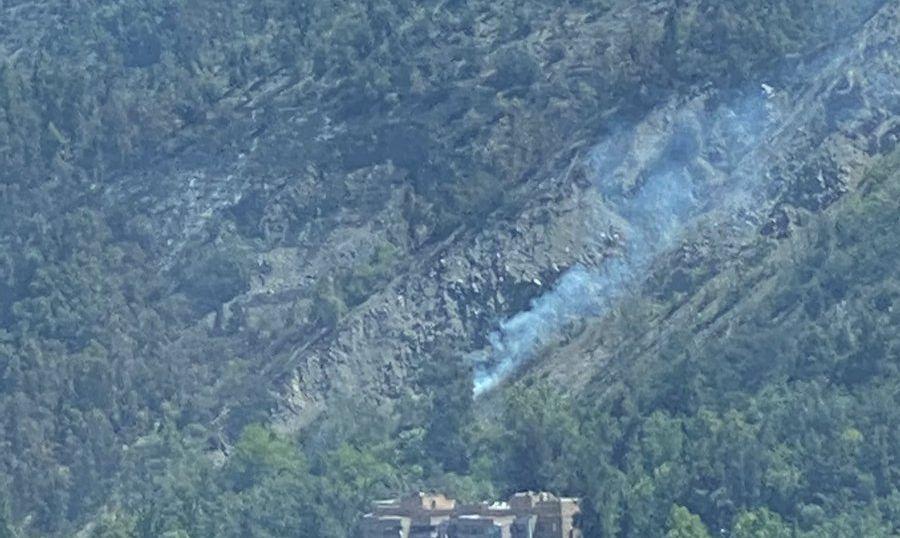 Combaten rebrote de incendio en el cerro San Cristóbal