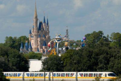 Detienen a dos trabajadores de Disney por pornografía infantil