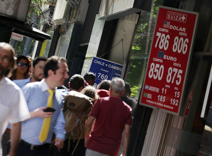 ¿Está viviendo Chile su peor crisis económica desde los '70?