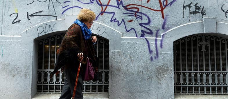 Sistema de AFP: ¿por qué son bajas las pensiones en Chile?