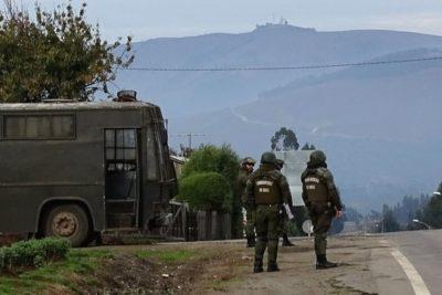 Carabinero fue baleado mientras despejaba carretera en Tirúa