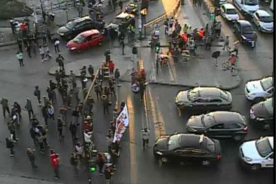 Barricadas y congestión vehícular se registran en distintos puntos de Santiago
