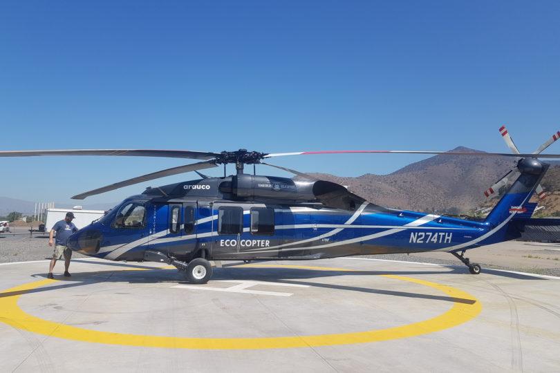 Llega a Chile el primer helicóptero Black Hawk modificado para combatir incendios forestales