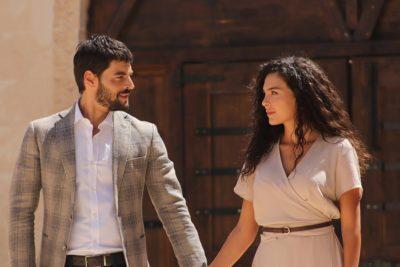 Por qué TVN vuelve a apostar por una teleserie turca en su horario prime