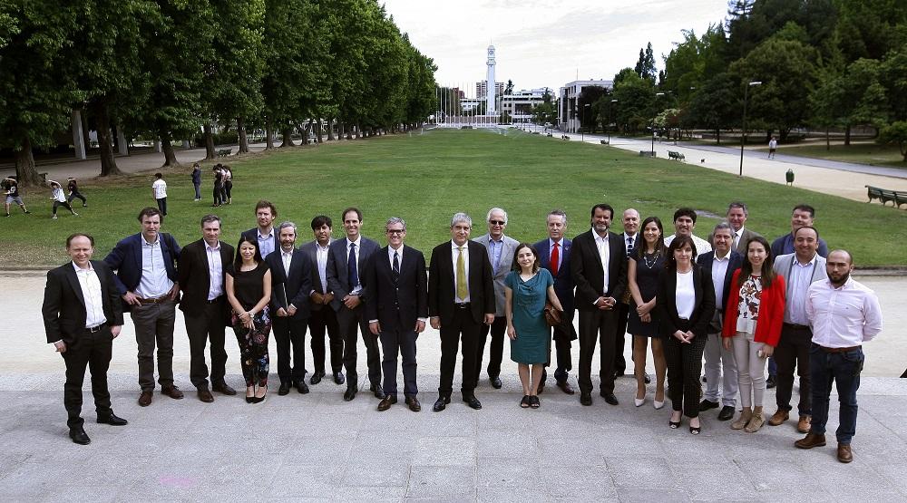 Universidad de Concepción y CMPC se unen para trabajar en torno a la industria del futuro
