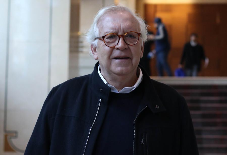 Jorge Burgos presenta su renuncia al directorio de Azul Azul