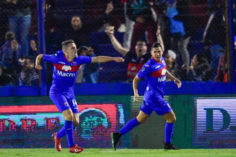 """Gorosito advierte a la U por Walter Montillo: """"Se va a quedar en Tigre"""""""