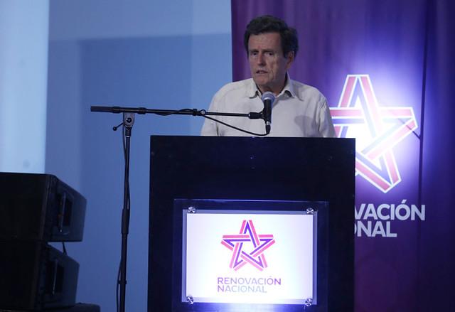 """Carlos Larraín y estallido social: """"Estamos ante un golpe de Estado"""""""
