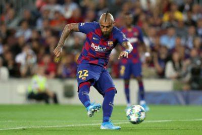 Champions: Barcelona de Arturo Vidal se medirá ante Napoli en octavos de final