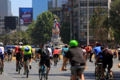 Manifestación de ciclistas por Vitacura: automovilistas acusaron agresiones