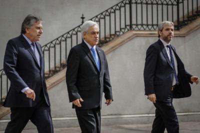 Piñera monitoreará búsqueda de avión desaparecido de la FACh