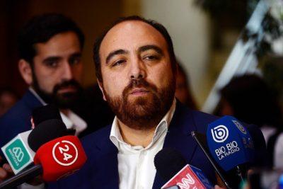"""Fuad Chahín al PC: """"Si se quieren sumar al 'apruebo' está bien, pero en una tercera línea"""""""