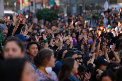 """Fenómenos de la """"Revolución de Octubre"""": absolutismo, deshumanización y redes filtradas"""