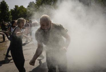 Enfrentamiento entre manifestantes y vecinos de Las Condes